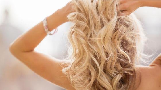 Retrouvez des cheveux soyeux